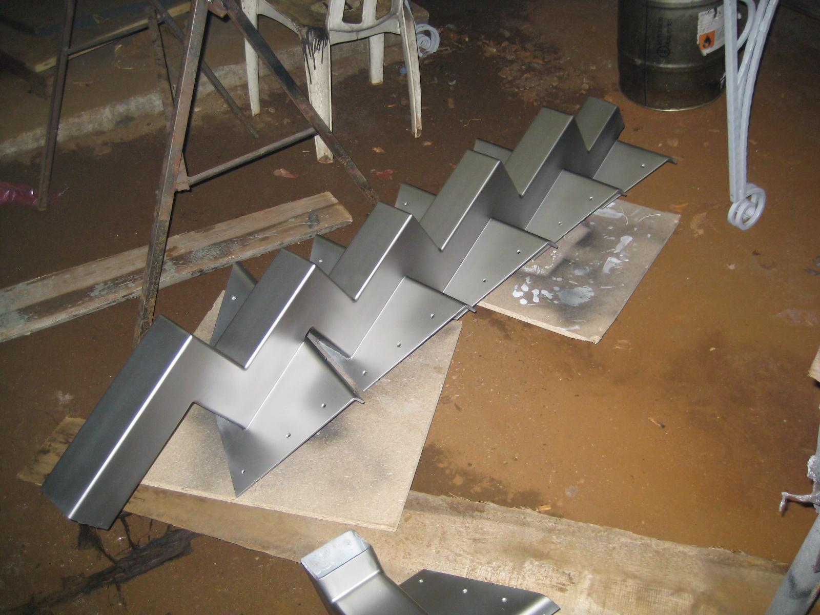 Косоуры для лестниц из металла своими руками видео